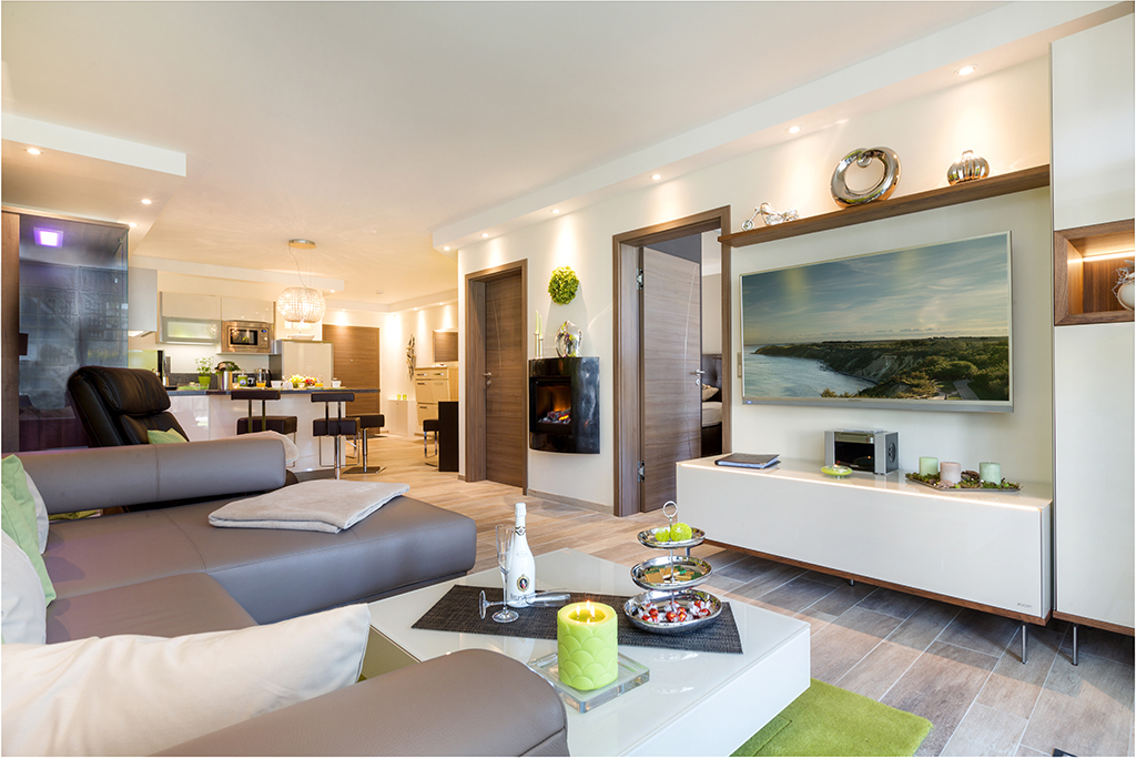 offener Wohnraum mit Joop Interieur LaVida Del Mar Zingst